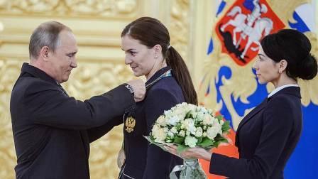 Владимир Путин принял в Кремле олимпийских чемпионов