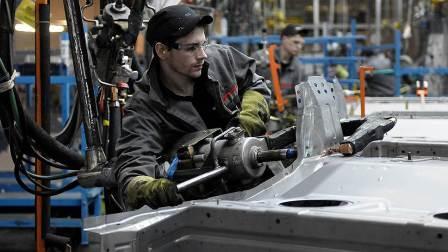 Петербургский завод Nissan начинает экспортировать автокомпоненты