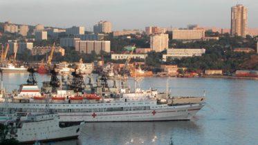 Свободный порт Владивосток, 3 года закону