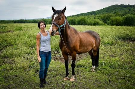 Дарья Позднякова организовала конный клуб на ДВ-гектаре